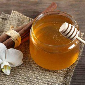 338074d1571385ffa543b2e1177742cf 300x300 - خواص درمانی  فراوان دارچین و عسل