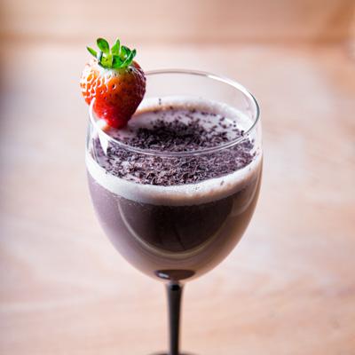 نوشیدنی چاکلت بری