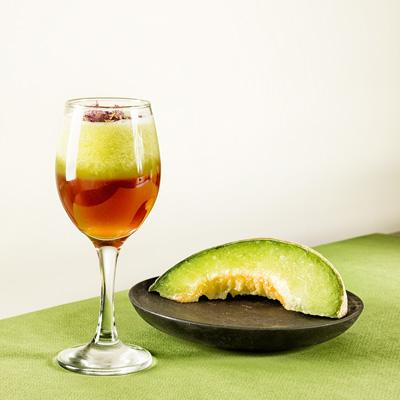 نوشیدنی ملونیل